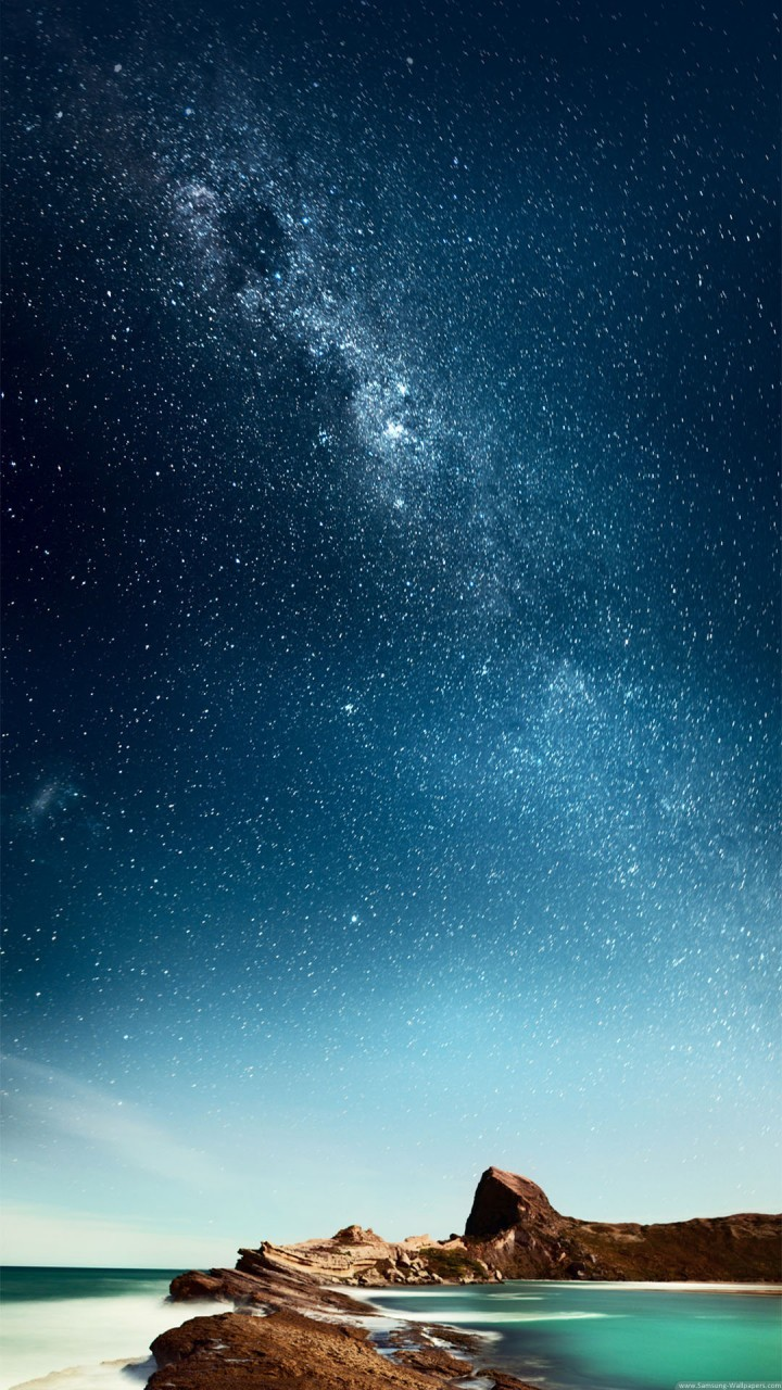 Popular Wallpaper Night Galaxy - night-and-day-in-the-beach-wallpaper-background-720x1280  Collection-345026.jpg